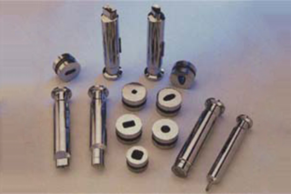 We are Leading Manufacturer, Exporter, Supplier of Tablet Press Tooling